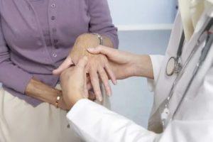 Чем лечить климактерический артрит