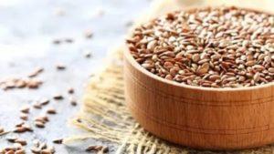 Чем полезно семя льна для женщин при климаксе